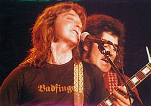 Joey Molland onstage with Tom Evans, 1979 (uncredited photo)