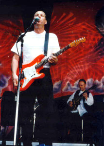 King Crimson on the 1996 HORDEFEST main stage (Adrian Belew and Robert Fripp) (photo credit: DARREN TRACY)