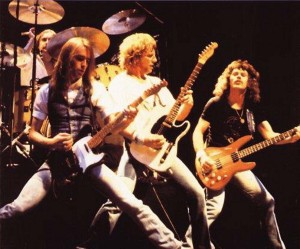 Status Quo (The Frantic Four: John Coghlan, Francis Rossi, Rick Parfitt, Alan Lancaster) (uncredited photo)