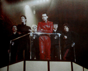 Gary Numan, 1980 (Cedric Sharpley, Rrussell Bell, Roger Mason, Gary Numan, Paul Gardiner, Chris Payne) (uncredited photo)
