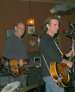 Lou Whitney onstage with Brian Capps and the True Liars, December 2006 (uncredited photo)
