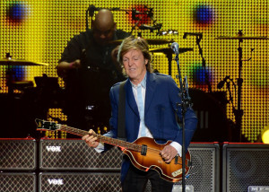 Paul McCartney with Abe Laboriel, Junior, PHILIPS ARENA, October 15, 2014 (photo credit: PERRY JULIEN)