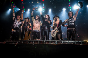 Alice Cooper's final bow (Glen Sobel, Ryan Roxie, Chuck Garric, Alice, Orianthi, Tommy Henriksen) (photo credit: PEP BONET)