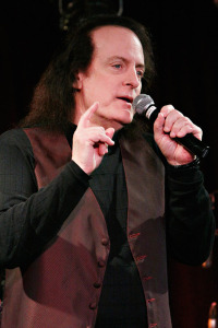 Tommy James (uncredited photo)