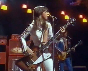 Suzi Quatro with Len Tuckey, circa 1975 (video still)