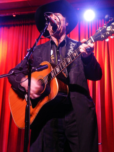 Kinky Friedman (photo credit: DARREN TRACY)