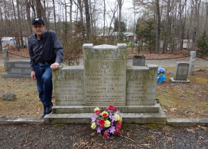 "UNPREPARED TO DIE (""They all were buried in a crowded grave."" Paul Slade at the Lawson family's plot in North Carolina, April 2015) (publicity photo)"