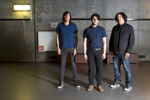 The Posies (Ken Stringfellow, Frankie Siragusa, Jon Auer) (photo credit: RENE OONK)