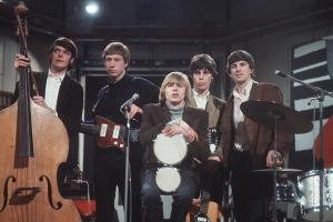 The Yardbirds, 1966 (Paul Samwell-Smith, Chris Dreja, Keith Relf, Jeff Beck, Jim McCarty) (uncredited photo)